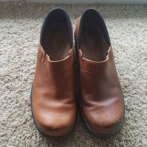 Ariat Brown Leather Clogs Size 8.5